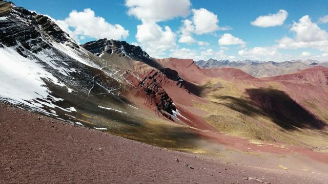 Vinicunca montagne - rainbow mountain - cusco - Pérou