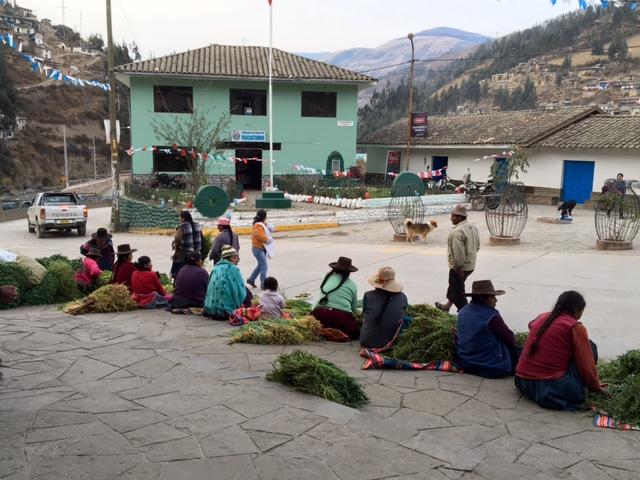 Paucarpampa - marché - Pérou