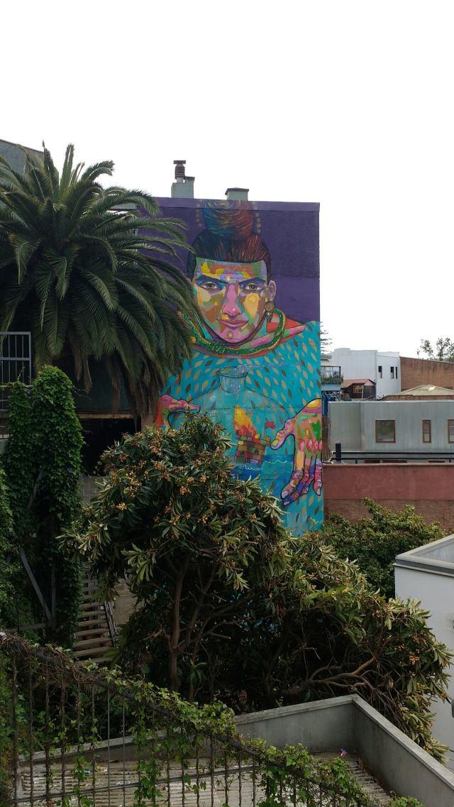 Valparaiso - street art graffiti - la Robot de Madera - Chile
