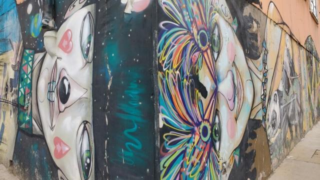 Valparaiso - street art graffiti - Chile