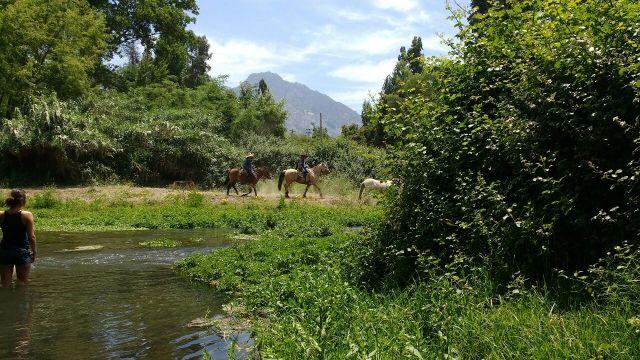 El rio - Volontariat - Eka Chakra - Hare Krishna - Catemu - Chili