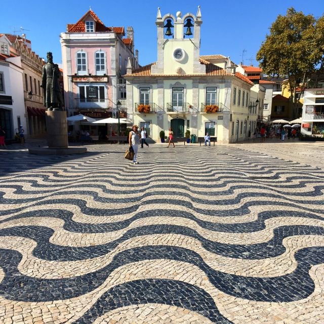 Lisbon_Cascais_Portugal_plaza