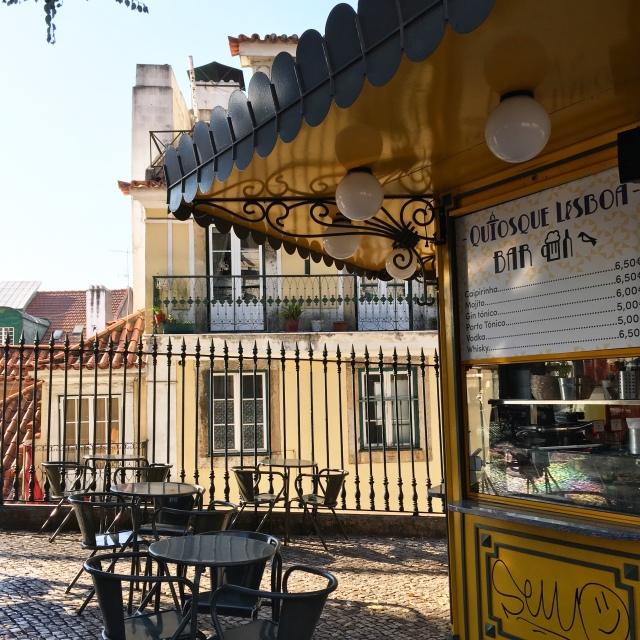 Lisbon_Portugal_kiosque