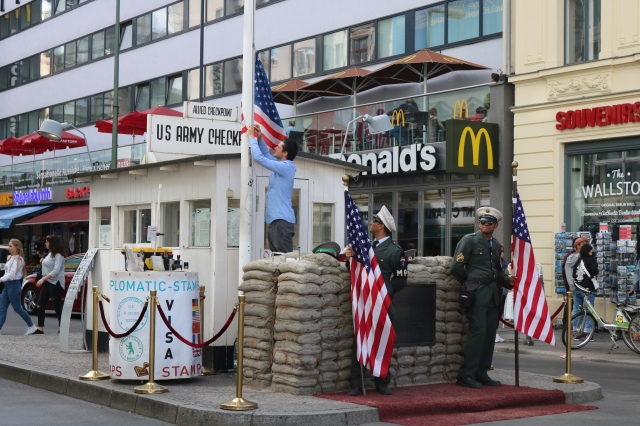 Checkpoint Charlie - Berlin - Allemagne